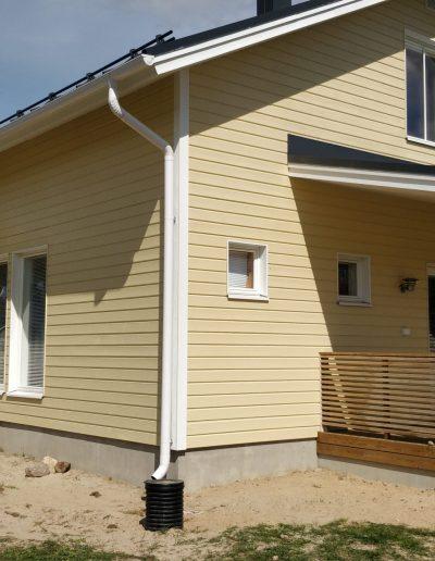 Referenssi maalatusta talosta, Kärkimaalaus Oy Oulun seudulla.
